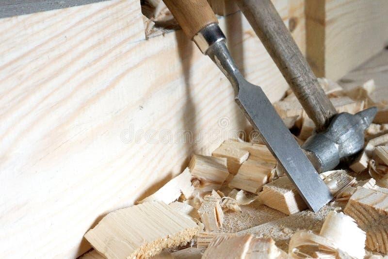 Mentira do martelo e do form?o nas placas imagem de stock royalty free