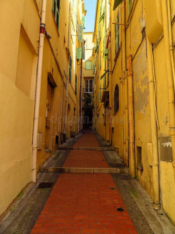 Menton - Średniowieczna ulica zdjęcia royalty free