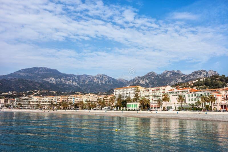Menton-beliebtes Erholungsort auf französischem Riviera lizenzfreies stockbild