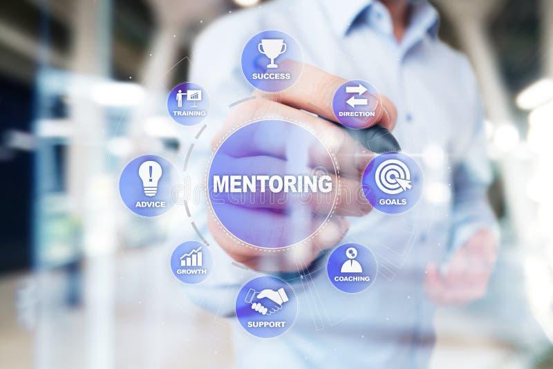 Mentoring och arbeta som privatlärare åt begreppsillustrationen på den faktiska skärmen arkivbild