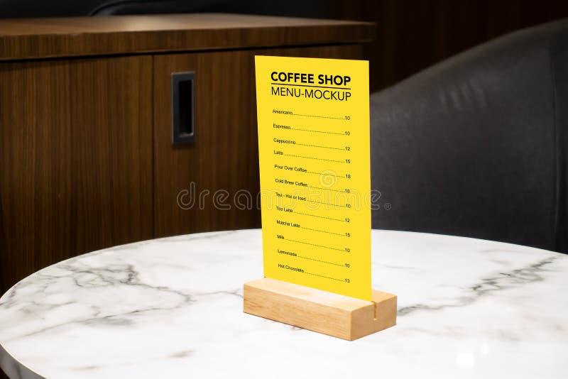 Menu alto del caffè con la struttura acrilica e di legno falsi immagini stock