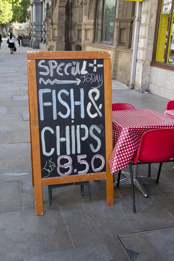 Menu dos peixes e das microplaquetas foto de stock royalty free