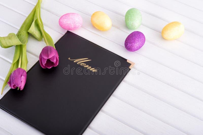 Menu, flores e ovos fotos de stock