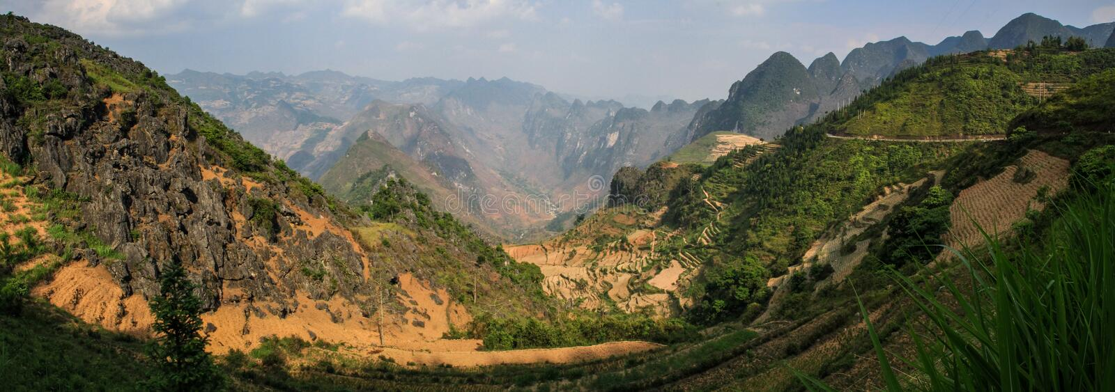 Panorama of the majestic karst mountains around Meo Vac, Ha Giang Province, Vietnam. Meo Vac is a small but charming district capital hemmed in by steep karst stock photos