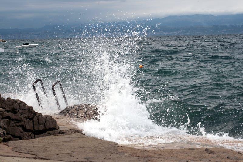Mer agitée 2 photographie stock libre de droits