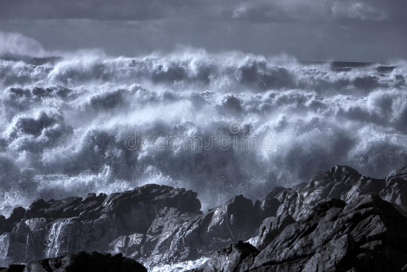 Mer agitée infrarouge images stock