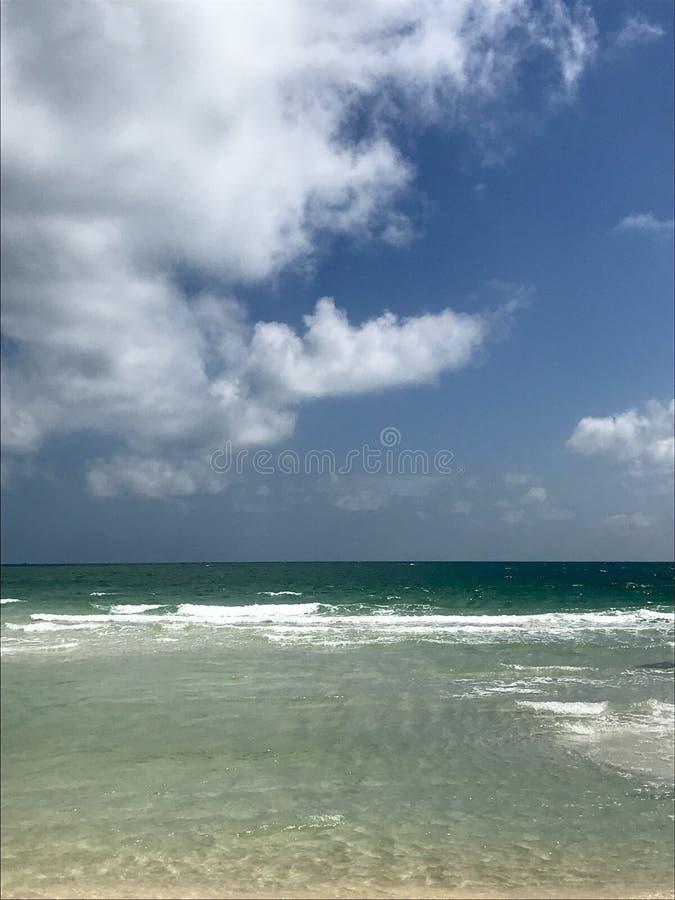 Mer azurée dans les sud de Phu Quoc photo stock