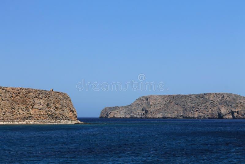 Mer bleue de la Grèce images libres de droits