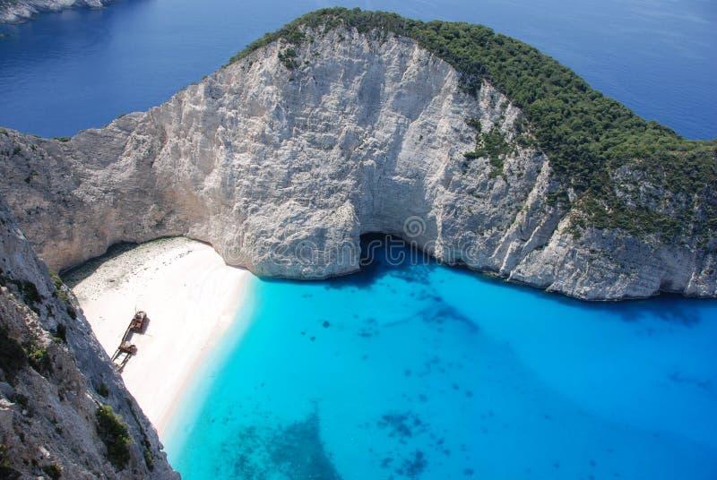 mer bleue zakynthos de navagio d'île de la Grèce de plage images stock