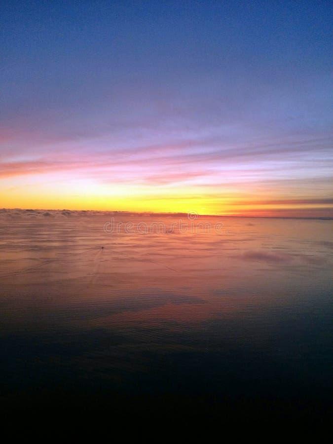 Mer de coucher du soleil images libres de droits