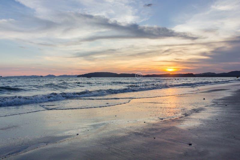 Download Mer De Province De ThailandKrabi Image stock - Image du thailand, lumière: 87708697