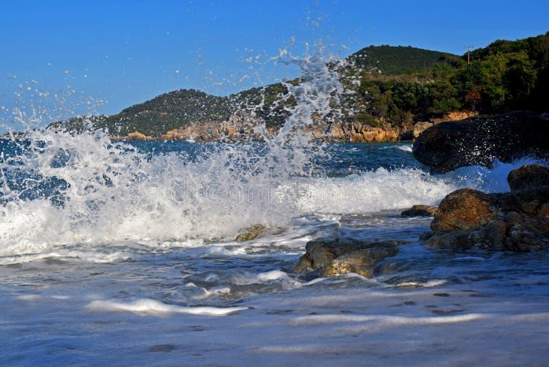 Mer et montagnes photos stock