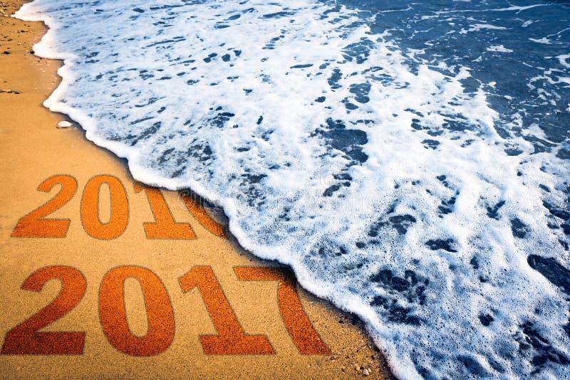 Download Mer et sable image stock. Image du vide, arénacé, saison - 77157801