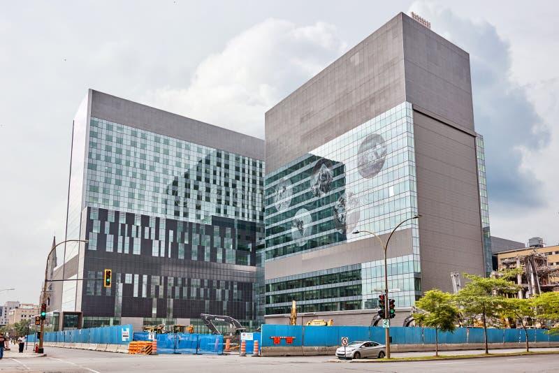 Mer hospitalier de l'Universite de Montreal för mitt KAMRAT, universitetsjukhus av montreal under konstruktion arkivbild