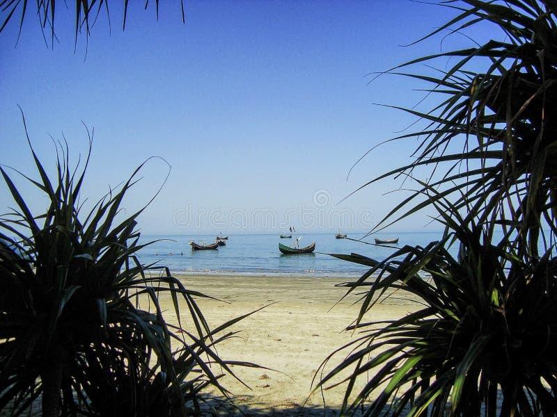 Mer plage-Bangladesh de l'île de St Martin stupéfiant photos libres de droits