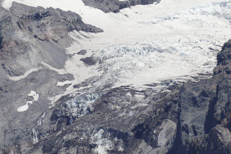 Mer regnig toppmöte av Mt specificera den Nisqually glaciären royaltyfri fotografi