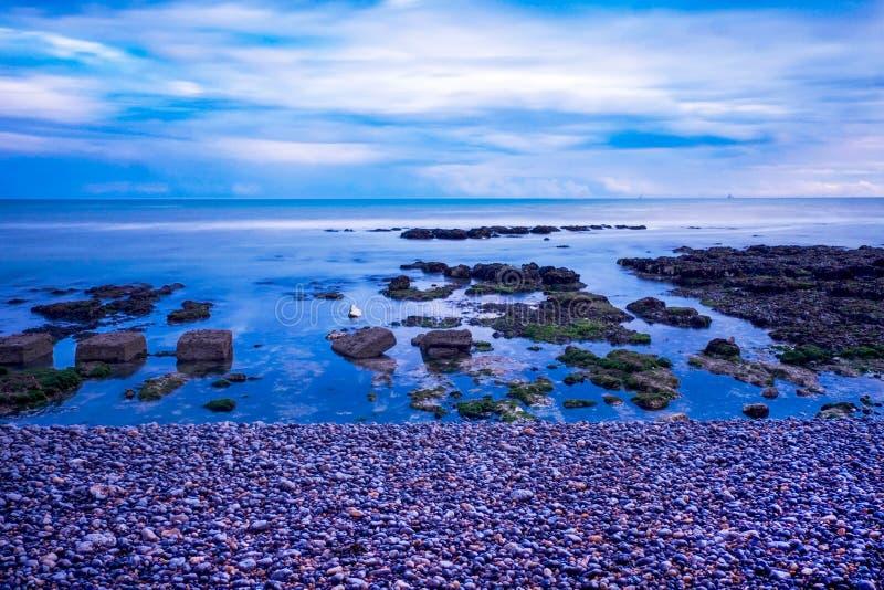 Mer, roches, rottingdean, Brighton images libres de droits