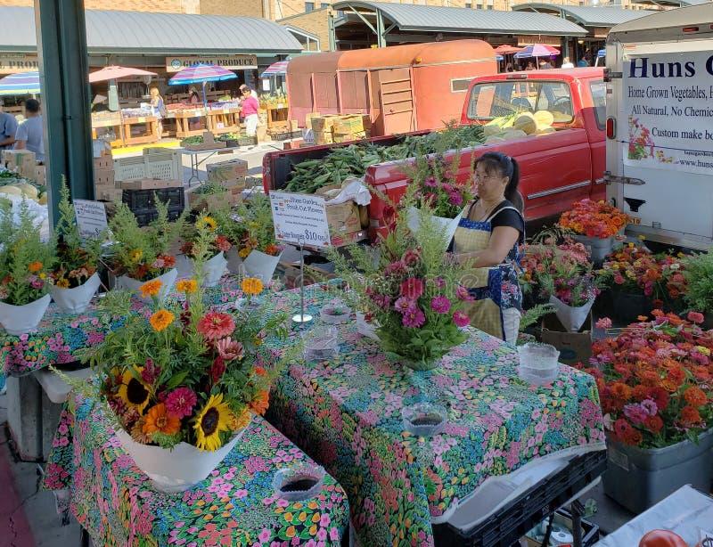 Mercado agradável do fazendeiro no fim de semana Kansas City imagens de stock