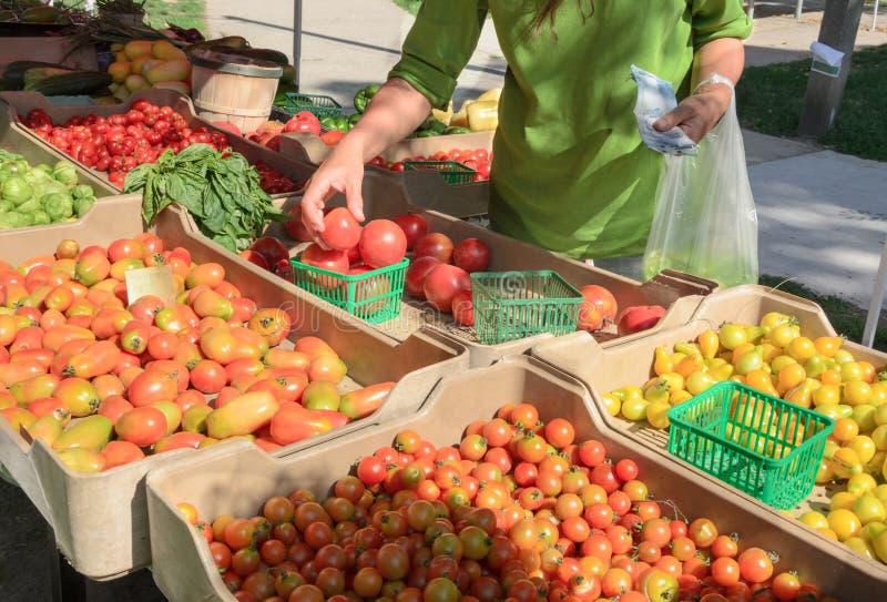 Mercado al aire libre de los granjeros imagenes de archivo