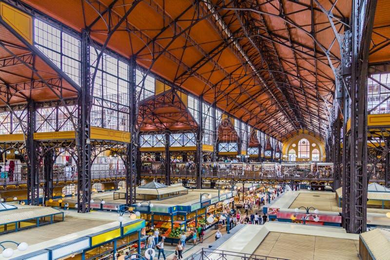 Mercado central Pasillo de Budapest, interiores foto de archivo libre de regalías