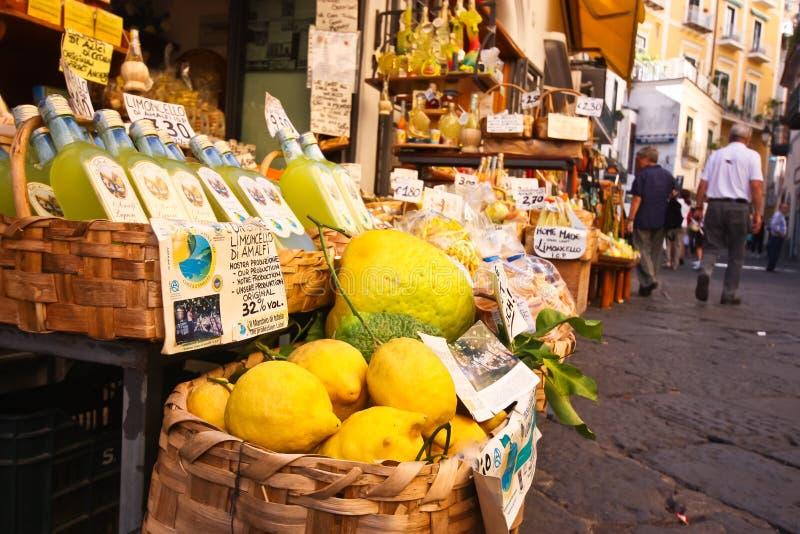 Mercado da costa de Amalfi fotografia de stock