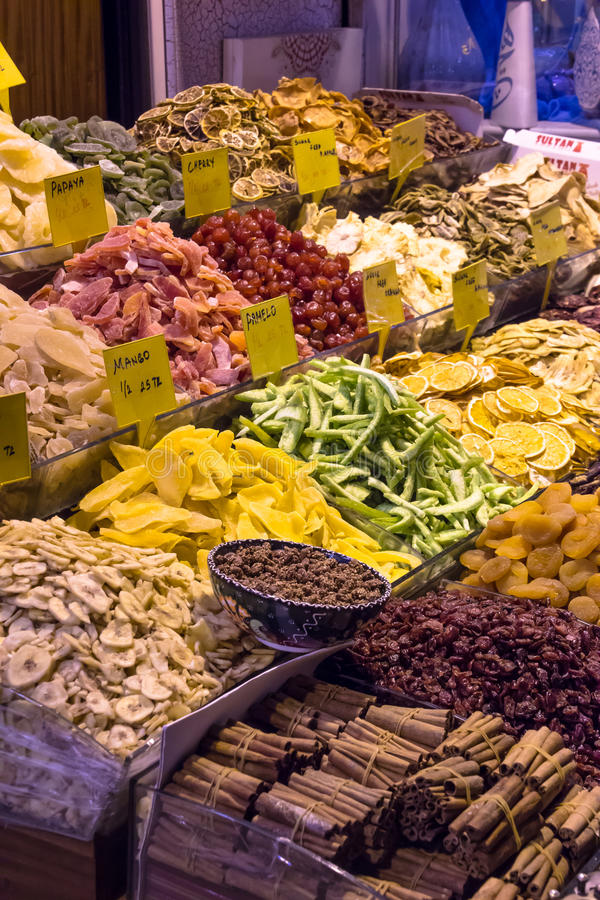 Mercado da especiaria de Istambul fotos de stock royalty free