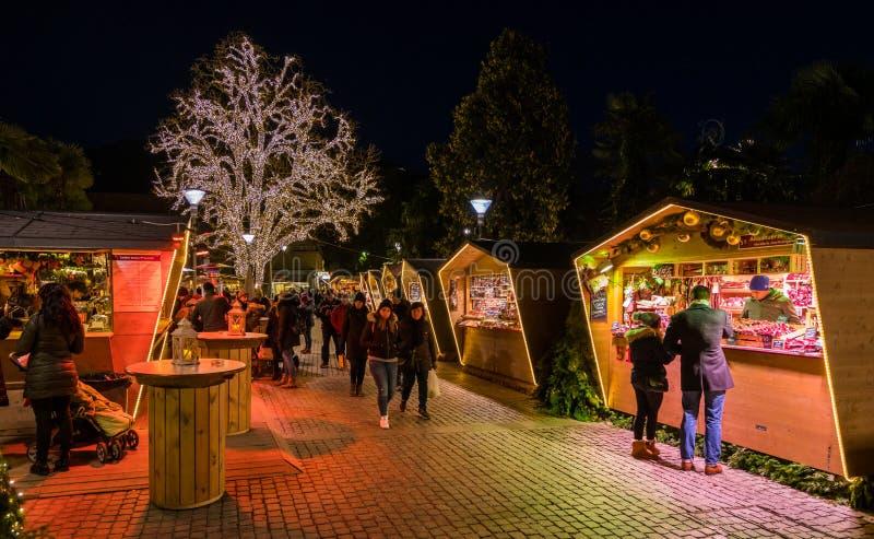 Mercado da noite, Trentino Alto Adige do Natal de Merano, Itália do norte imagem de stock royalty free