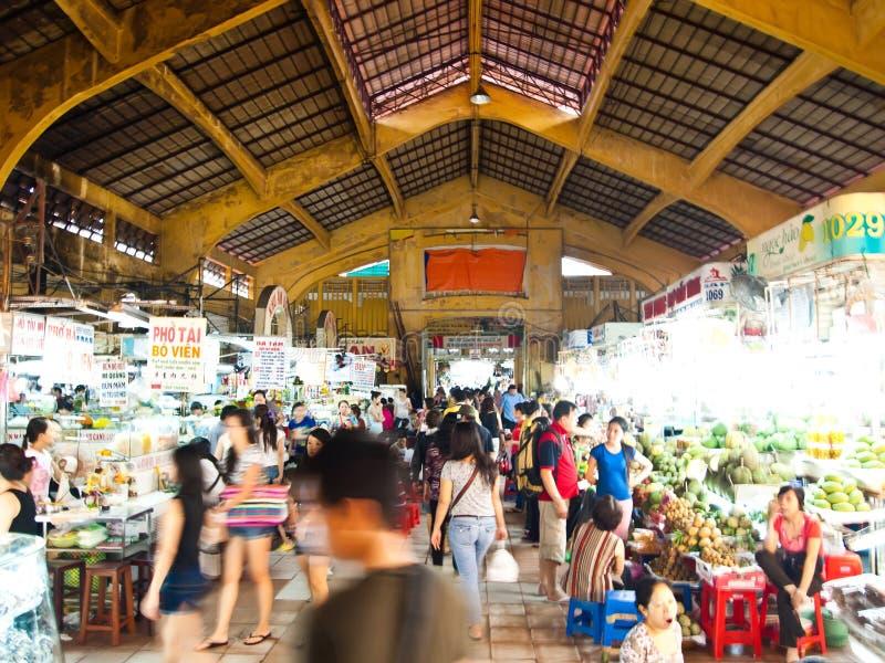 Mercado de Ben Thanh en Ho Chi Minh City, Vietnam imagen de archivo libre de regalías