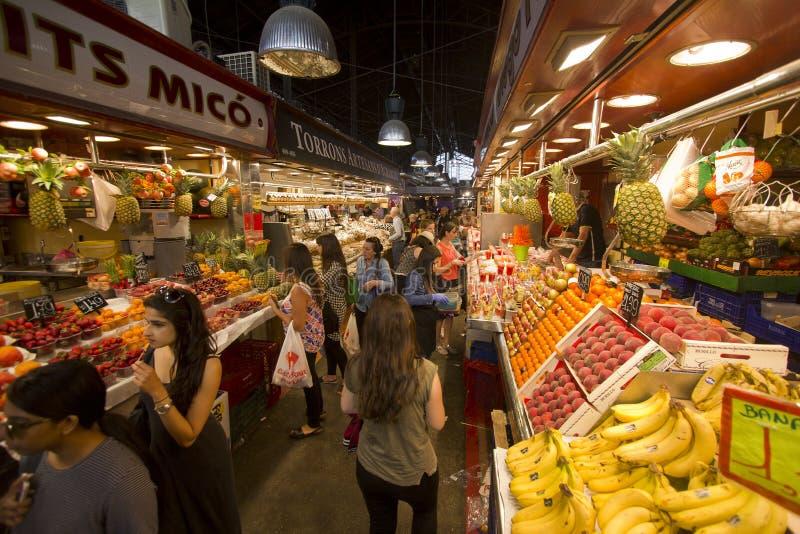 Mercado de Boqueria do La em Barcelona fotografia de stock royalty free