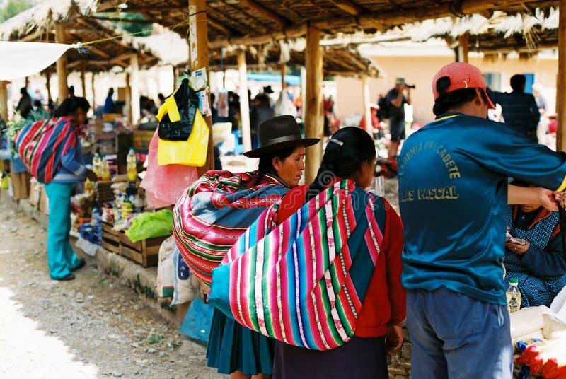 Mercado de Chinchero domingo, Peru fotos de stock royalty free