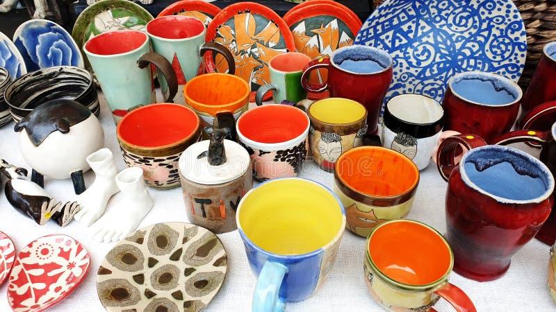 Mercado de fabricación hecho a mano de la artesanía de cerámica fotografía de archivo libre de regalías