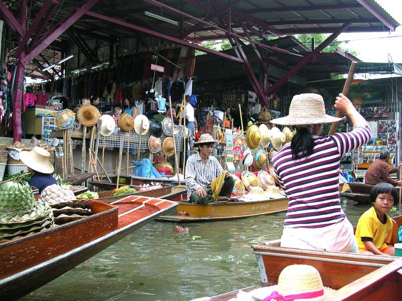 Mercado de flutuação de Tailândia fotos de stock royalty free