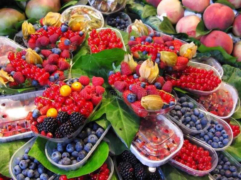 Mercado de frutas imagem de stock royalty free