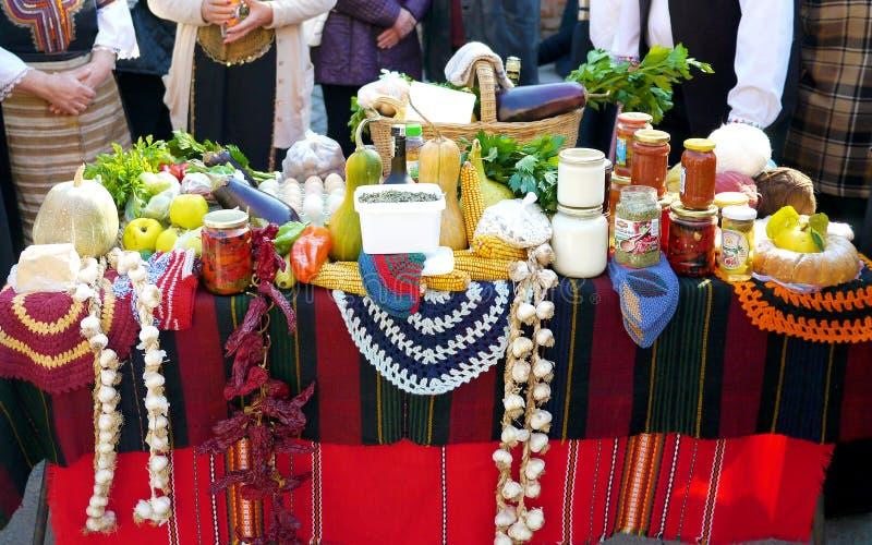 Mercado de la comida del búlgaro del viejo estilo fotos de archivo libres de regalías