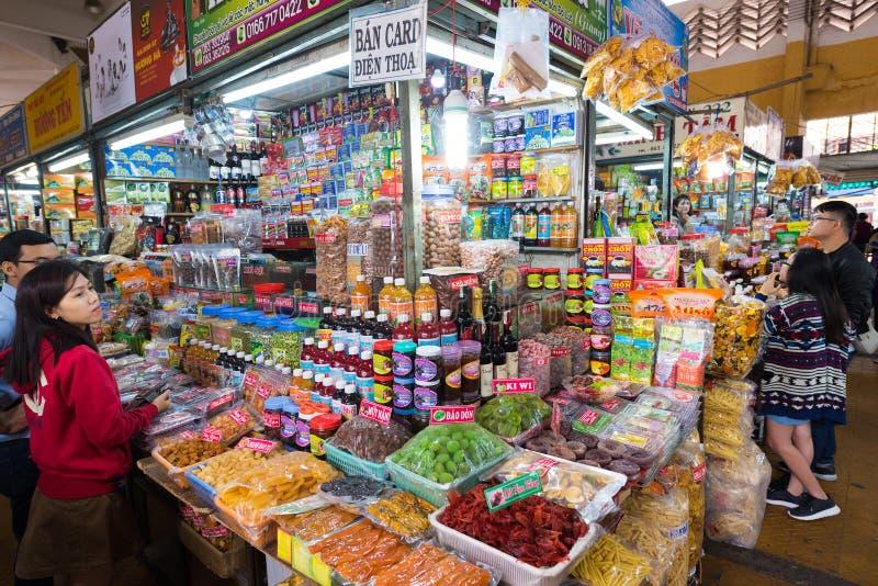Mercado de la comida en el lat de DA, Vietnam imagen de archivo