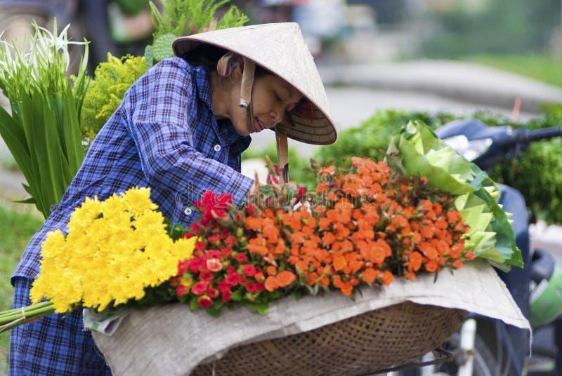 Mercado de la flor de Hanoi fotos de archivo