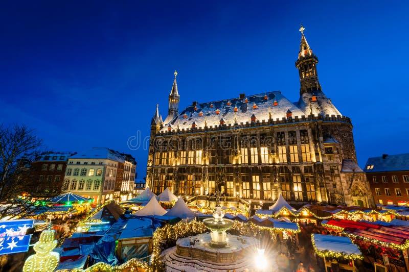 Mercado de la Navidad de Aquisgrán fotografía de archivo