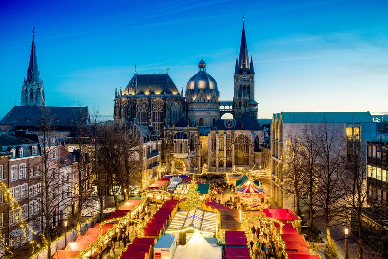 Mercado de la Navidad de Aquisgrán imagen de archivo