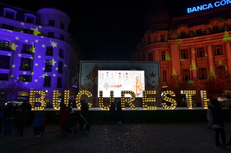 Mercado de la Navidad de Bucarest, cuadrado de la universidad imagen de archivo libre de regalías