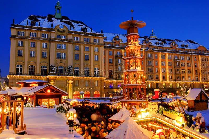 Mercado de la Navidad de Dresden imagen de archivo libre de regalías