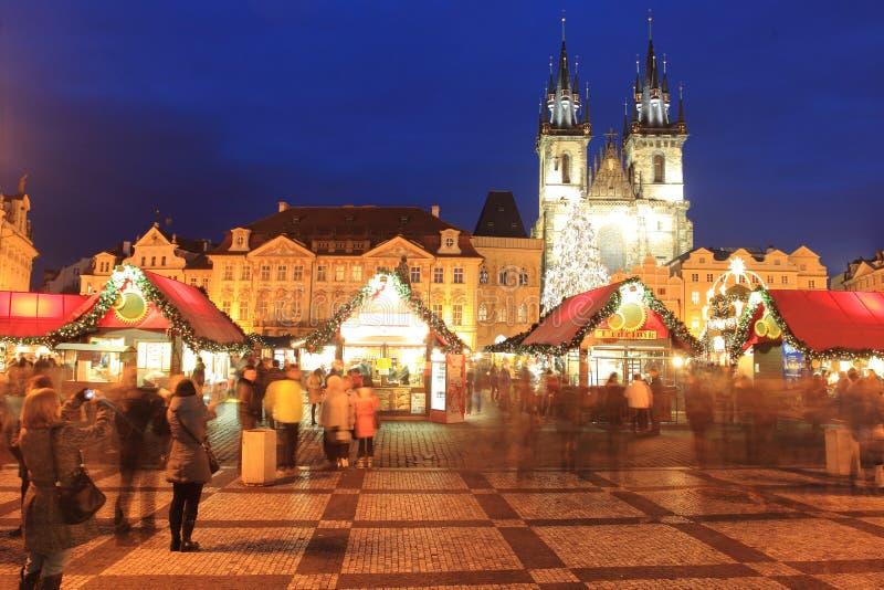 Mercado de la Navidad en Praga fotos de archivo