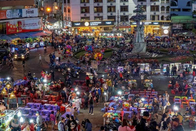 Mercado de la noche de Dalat fotos de archivo libres de regalías