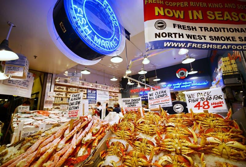 Mercado de lugar de Pike em Seattle, Washington imagem de stock