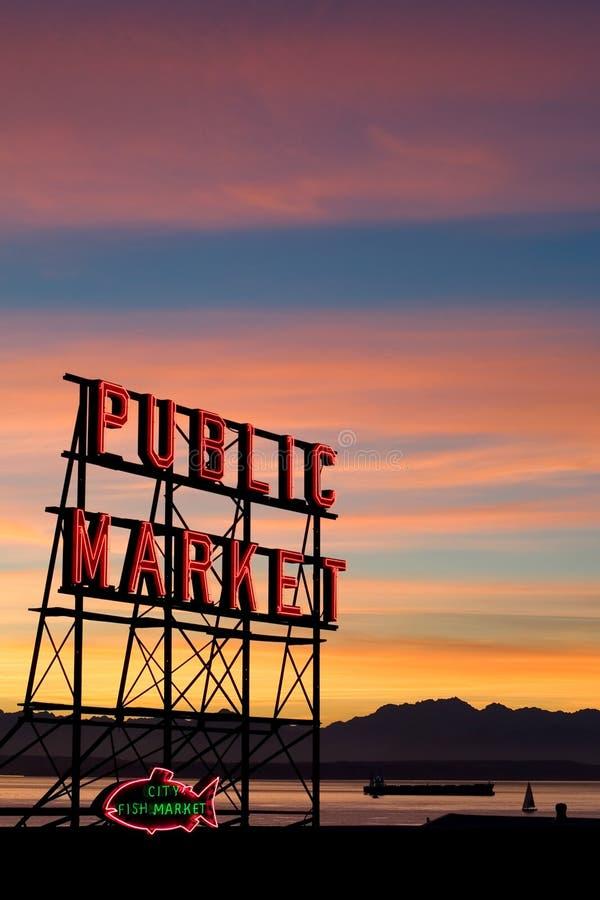 Mercado de lugar de Seattle Pike imagens de stock royalty free