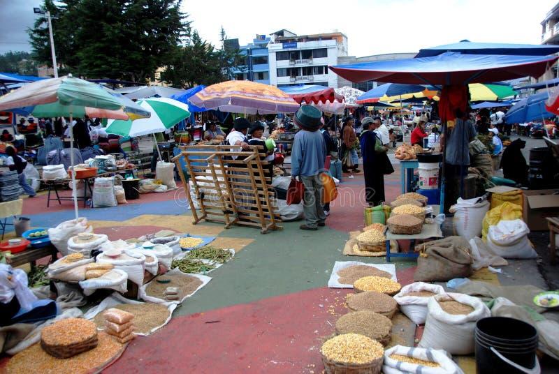 Mercado de Otavalo - Equador fotos de stock
