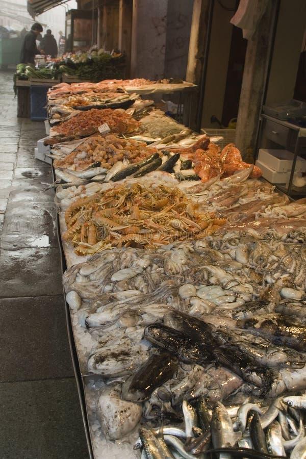 Mercado de peixes imagem de stock royalty free