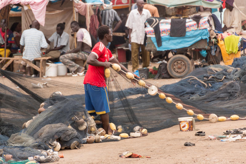 Mercado de peixes de Mbour imagens de stock