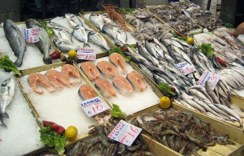 Mercado de peixes - salmão fotografia de stock