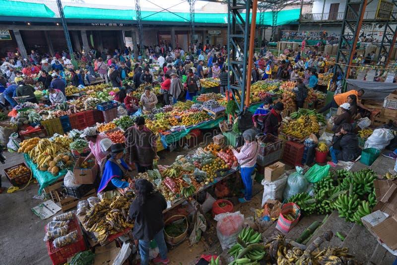 Mercado de producción en Silvia, Colombia imagenes de archivo