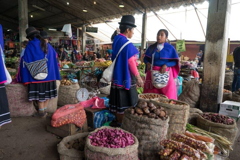 Mercado de produto nativo em Colômbia imagem de stock